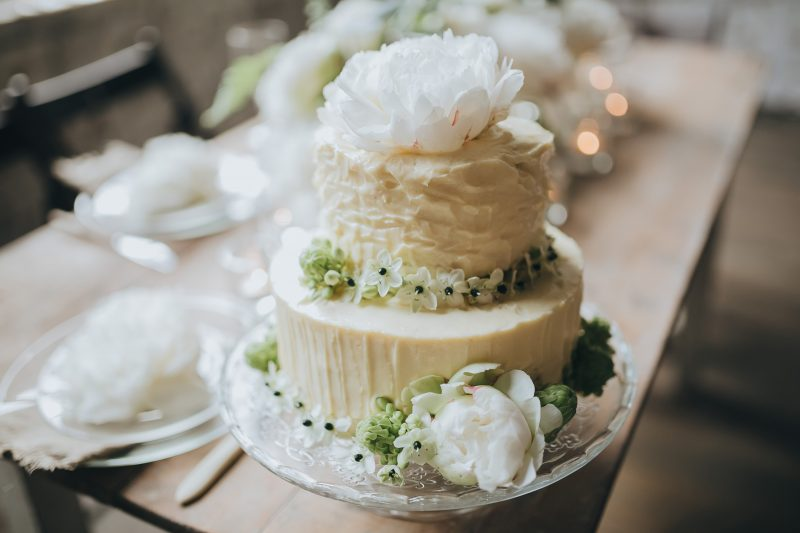Iowa Rustic Wedding Venues Vendors Cakes