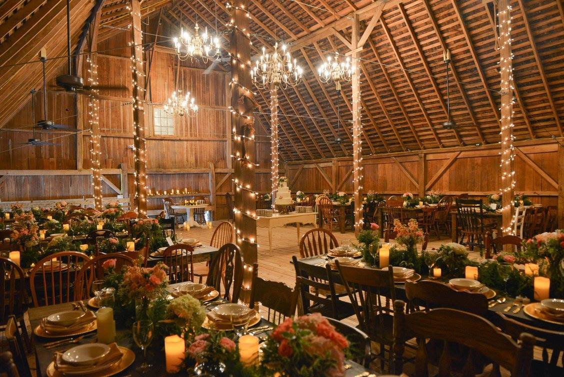13 Stunning Barn Wedding Venues Near Indianapolis