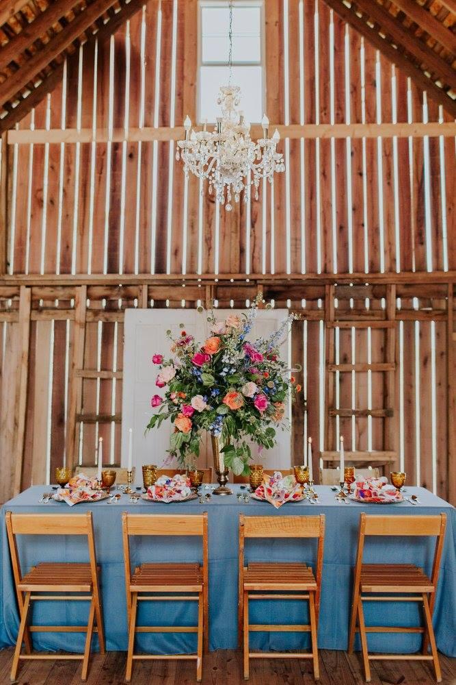 Barn wedding venue in Indiana Zyntango Farm Wedding Barn