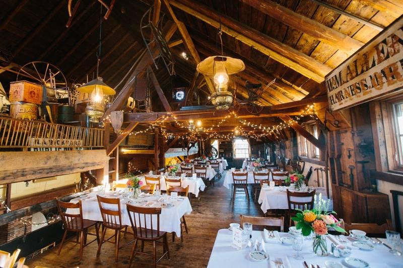 Barn wedding venue in MA Salem Cross Inn