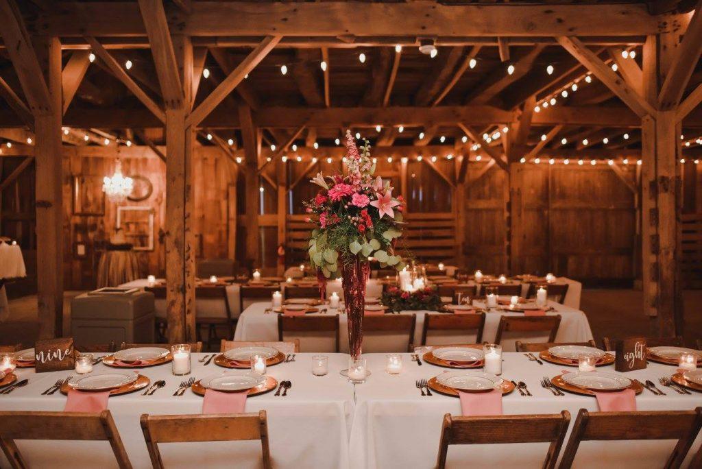 Barn wedding venue in Indiana Barn on Boundary
