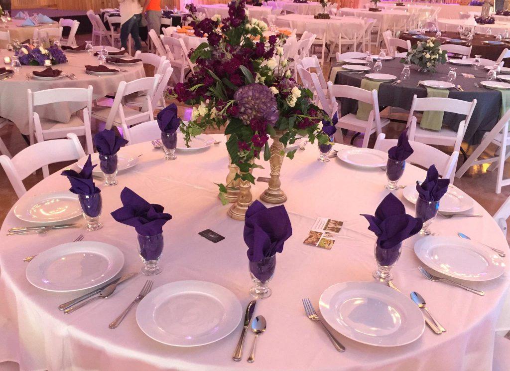 Barn wedding venue in Missouri Berry Acres